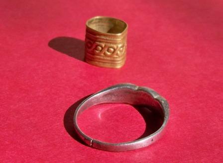 19th century 16k Gold Band